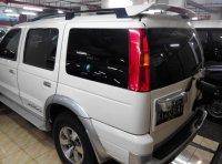 DiJual Ford Everest 2,5 diesel Xlt 4x4 Manual Tahun 2006 Putih (belakang1.jpg)