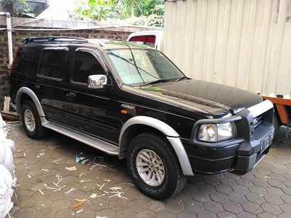 ford everest palembang html with 8921 Dijual Ford Everest 2005 Xlt Bandung on 8921 Dijual Ford Everest 2005 Xlt Bandung furthermore 6797 Jual Ford Everest 2 5 Diesel Tdci Xlt 4x2 Manual Tahun 2007 Silver Met together with 4915 Ford Everest Xlt 4x4 2 5 Mt Tahun 2005 also 6002 Ford Everest Tdci Xlt 2 5 Mt also 6301 Ford Escape Xlt 2004.