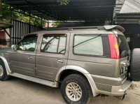 Jual Ford Everest barang istimewah-harga bersahabat-solar 2004 AT