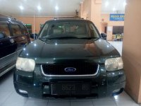 Ford: Escape XLT 2.3 Tahun 2004 (depan.jpg)
