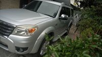 Jual Ford Everest 2011 Manual 4x4
