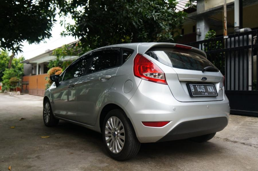 ford fiesta pontianak with 12281 Jual Cepat Ford Fiesta Matic Th 2012 1400cc on Pengumuman Pemenang Sync The Day additionally Final Polnep Acoustic 2011 Pontianak Galaherang Lagu Daerah Kalbar together with G gjmM4gA additionally Jual Velg Mobil Ring 16 together with 11623 2012 Ford Fiesta Trend 1 4 L At Tdp 12 Juta Bawa Balik Gan.