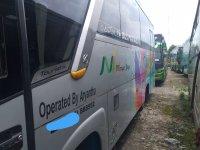 300 Series: Bus Medium Pariwisata Terhandal (Bus Hino 5.jpeg)