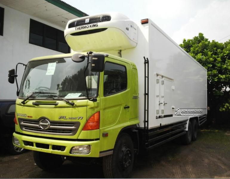 Ranger: Jual Hino FL 235 JW, truk tronton terpanjang ...