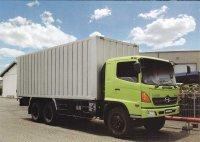 Ranger: Jual Hino FL 235 JW, truk tronton terpanjang dikelasnya (kondisi baru) (Hino-warna-hijau-dengan-karoseri-bak-besi-bukaan-belakang.jpg)