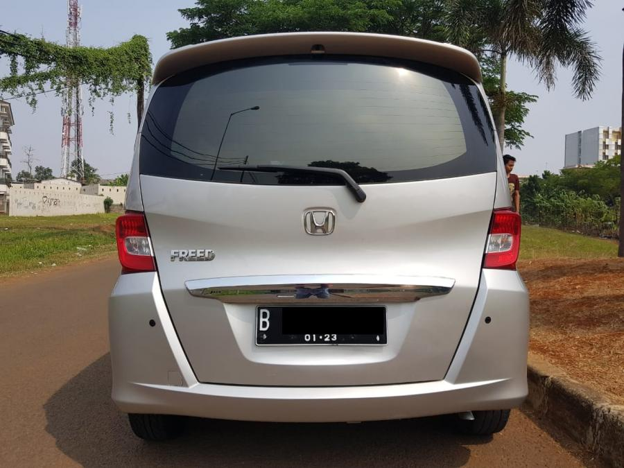 Honda Freed PSD AT Facelift 2012 - MobilBekas.com