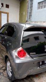 Jual Brio Satya: mobil honda brio abu abu tahun 2014