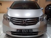 Honda Freed PSD Tahun 2010 (depan.jpg)