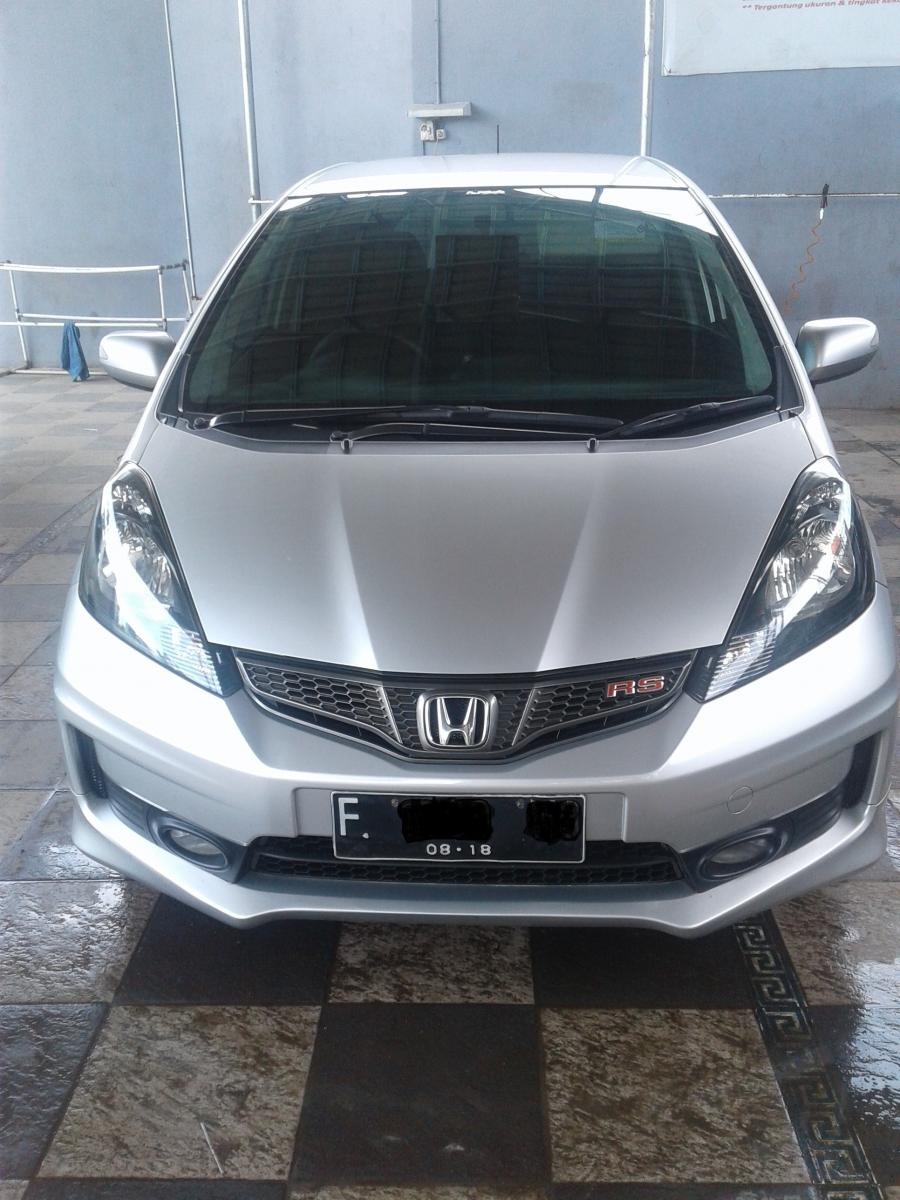 honda jazz rs bekas makassar fiat world test drive. Black Bedroom Furniture Sets. Home Design Ideas