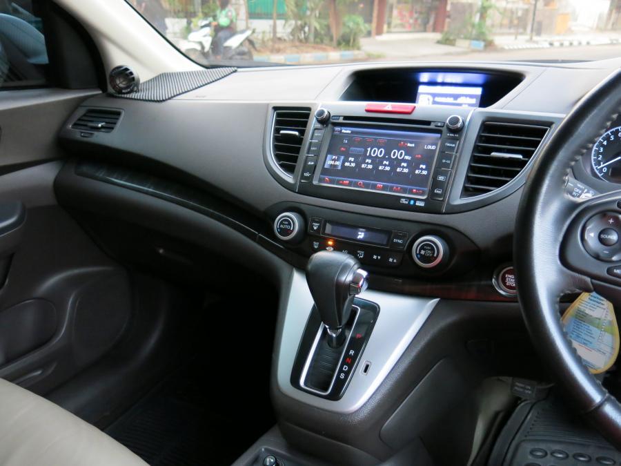 CR-V: Honda CRV 2.4 Automatic 2013 - MobilBekas.com