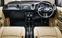 Honda Mobilio E cvt matic pmk 2016 (Honda-Mobilio-Interior.jpg)