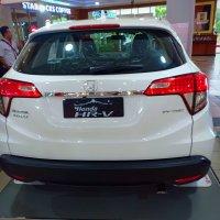 HR-V: Honda HRV E CVT Spesial Edition 2018 Ready stok Harga Terbaik (15480605148422971768062474855440.jpg)