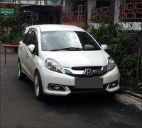 Honda: MOBILIO 2014 tipe e m cvt matic putih (m dpn.png)