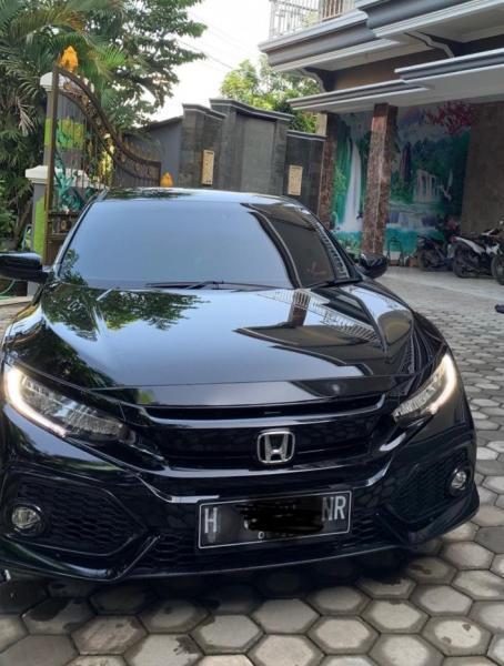 Honda Civic 1 5 Turbo E Cvt Tahun 2017 Pemakaian 2018 Milik Pribadi Mobilbekas Com