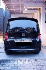 Dijual Cepat Honda Freed 2010 Akhir 1.5 E AT CKD PSD (Pemakai Pribadi