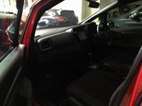 HONDA JAZZ RS AUTOMATIC RED 2017 SPECIAL CONDITION, KM 14 RB. (Jazz_RS_Automatic_Red_2017_8.jpg)