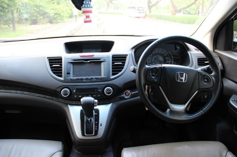 CR V HONDA CRV 24 PRESTIGE 2013 Warna PUTIH