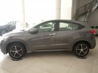 Jual HR-V: showroom honda tendean