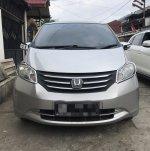DIJUAL : Honda Freed E PSD A/T Silver 2010