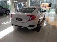 Promo  Diskon Honda Civic Seda Turbo (1570957865002-524749336.jpg)