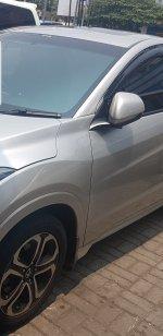 HR-V: Di Jual Cepat Honda HRV 1.8 Prestige