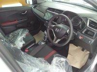 Honda BR-V: Kredit Ringan Mobil BRV Prastige (1573966704253-1634863252.jpg)