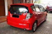 Honda jazz RS Tahun 2013 warna merah (P1018250_zps63c699e3.jpg)
