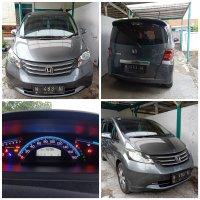 Jual Honda: mobil freed 2010 plat N Malang milik sendiri tangan pertama