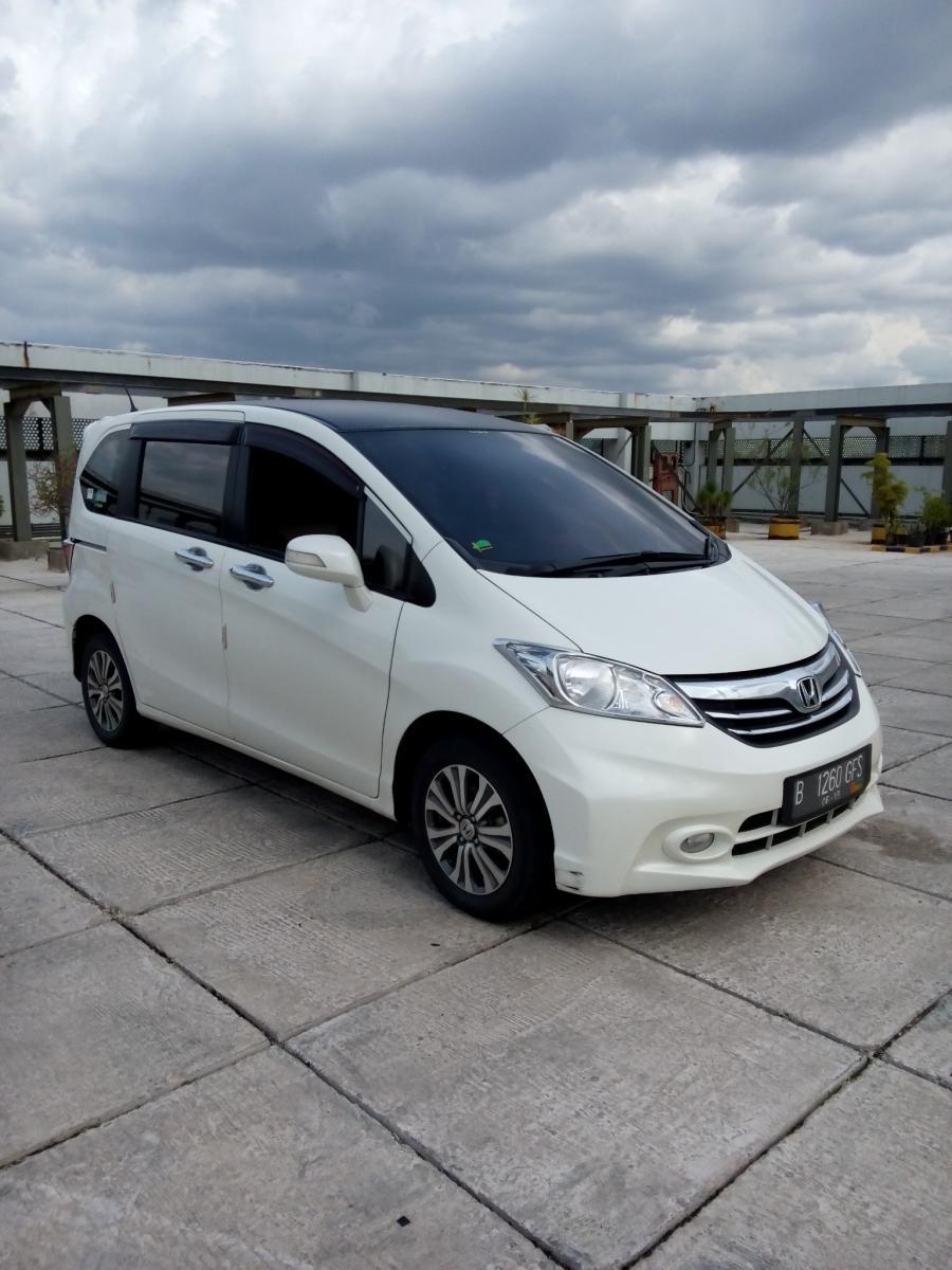 Honda freed psd matic putih 2014 - MobilBekas.com