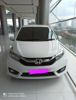 PROMO Honda Brio Satya Tipe E CVT DP 17jt (6a8f4df9-5871-4e4f-8e54-11ee4d79fa4d.jpg)
