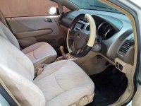 Dijual Cepat Mobil Honda City V-Tec 2005 (4.jpg)