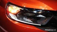 Honda Mobilio Rs CVT New Facelift 2017 (honda-mobilio-2017-indonesia-headlamp.jpg)