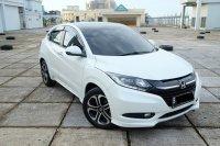 HR-V: 2015 Honda HRV 1.8 PRESTIGE  mulus antik TDP 25 juta (PHOTO-2020-02-27-13-31-08 2.jpg)