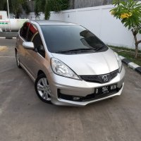 Jual Honda Jazz RS 2010 AT Km 80rbuan asli