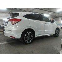 HR-V: Honda HRV prestige putih 2015 at (81070025_484372925553128_7018151597524760217_n.jpg)