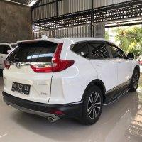 Di jaul mobil Honda CR-V Prestige Turbo AT tahun 2018 (celebritymobil_20200518_133655_7.jpg)