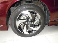 Honda: Mobilio RS Merah Tua 2015 (DSCN6541.JPG)