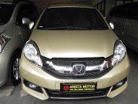 Honda: Mobilio E Prestice Emas metalic 2014