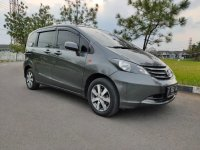 Jual Honda Freed E PSD A/T 2009 Gray