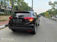 Honda: HR-V S A/T 2015, Black, istimewa seperti baru (5.jpg)