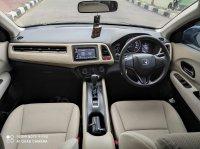 Honda: HR-V S A/T 2015, Black, istimewa seperti baru (8.jpg)