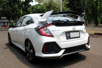 HONDA CIVIC HATCHBACK TURBO AT PUTIH 2019 (WhatsApp Image 2020-11-25 at 18.44.10 (1).jpeg)