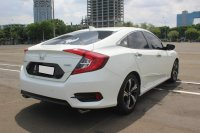 HONDA CIVIC SEDAN ES PRESTIGE AT PUTIH 2018 (WhatsApp Image 2020-12-03 at 18.28.39.jpeg)