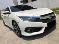 Jual HONDA CIVIC ES AT SEDAN PUTIH 2018