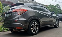 Honda HR-V Prestige Tahun 2015 (DpnC-2.jpg)
