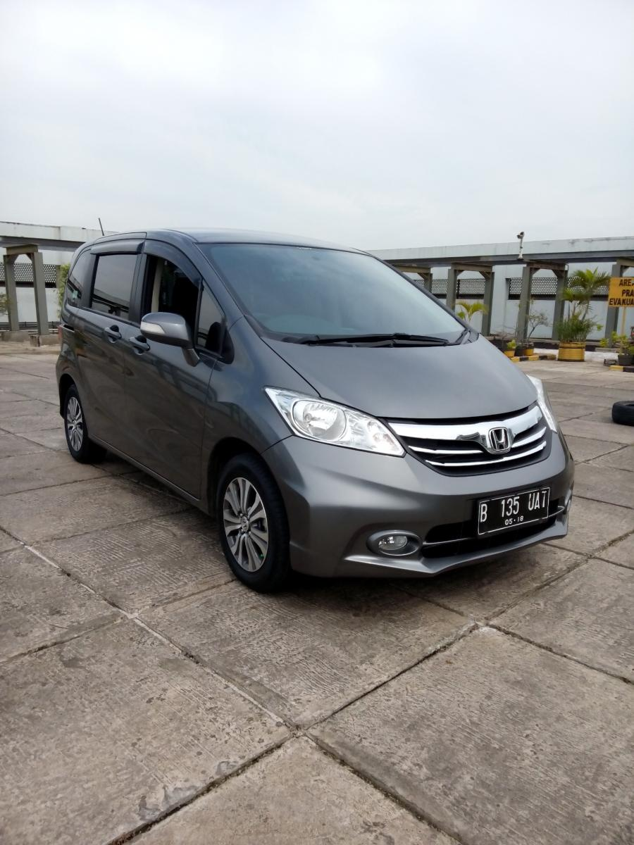 honda freed psd 2013 matic grey km 29 rban - mobilbekas