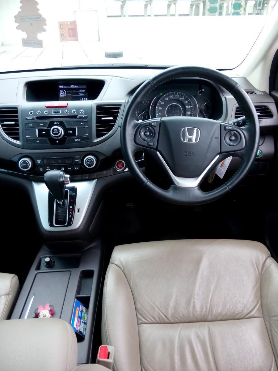 CR V Honda Crv 24 Matic 2013 Putih Km 30 Rban