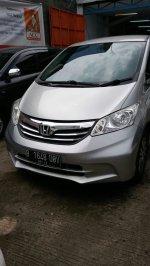 Jual murah Honda Freed (IMG-20170402-WA0000.jpg)