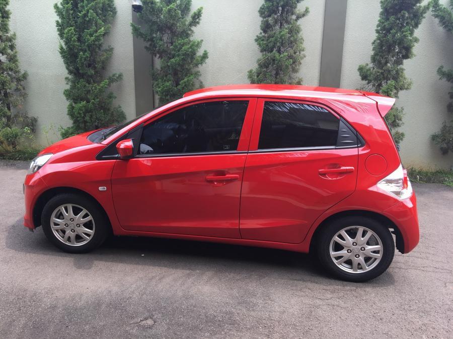 Unduh Gambar Mobil Brio Warna Merah