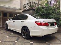 Jual Honda Accord 2.4l I-VTEC VTI 2013 Putih Low KM Like New